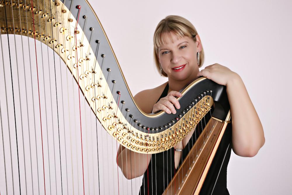 Harpist Maxine Molin-Rose